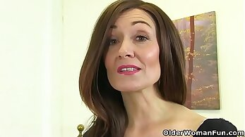 british gals, cougar clips, mature women, older woman fucking, sexy granny, sexy mom