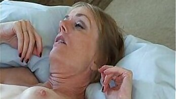 banging a slut, cock sucking, cum videos, fucking in HD, handjob videos, HD amateur, horny mommy, hot mom